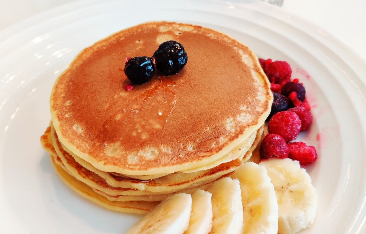 Spongy and Delicious Maple Syrup Pancakes