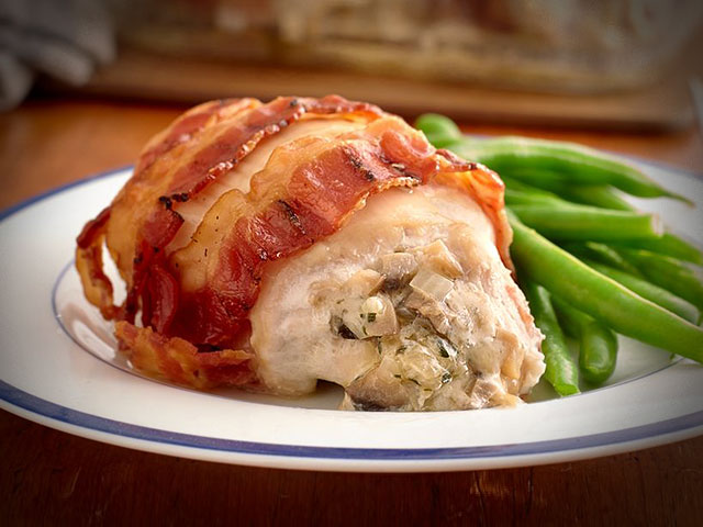 Stuffed chicken breasts with mushrooms in bacon 1