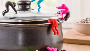 Kitchen Lid Holder Silicone Cover Holder Raises The Lid the Heightening Device to Prevent the Soup 1.jpg Q90 1.jpg  1