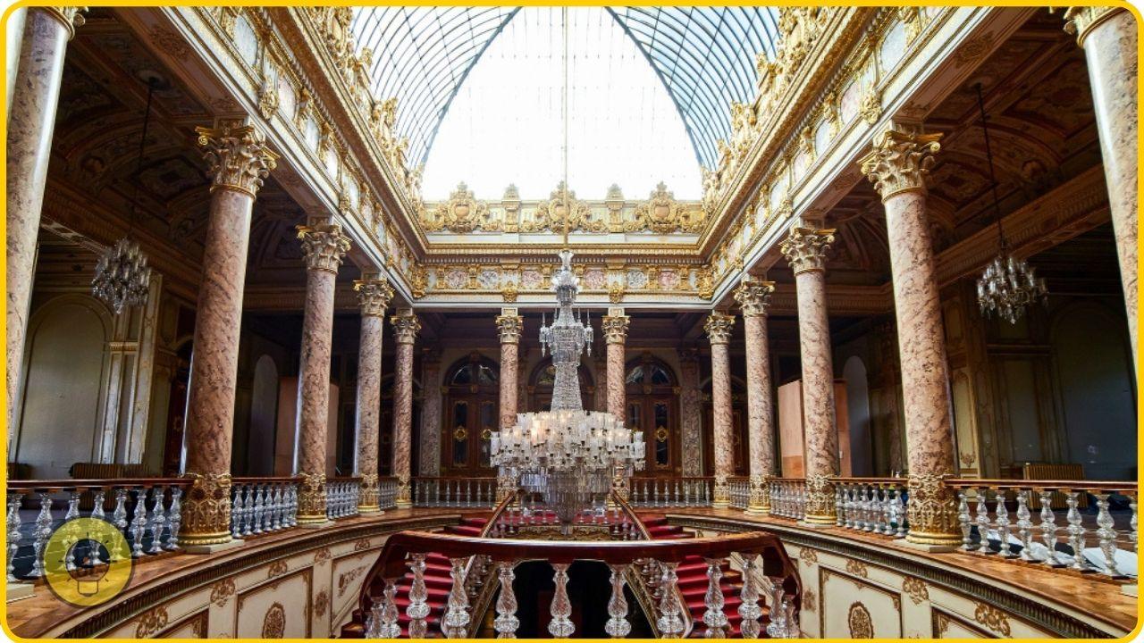 Explore Dolmabahçe Palace what not to miss in istanbul