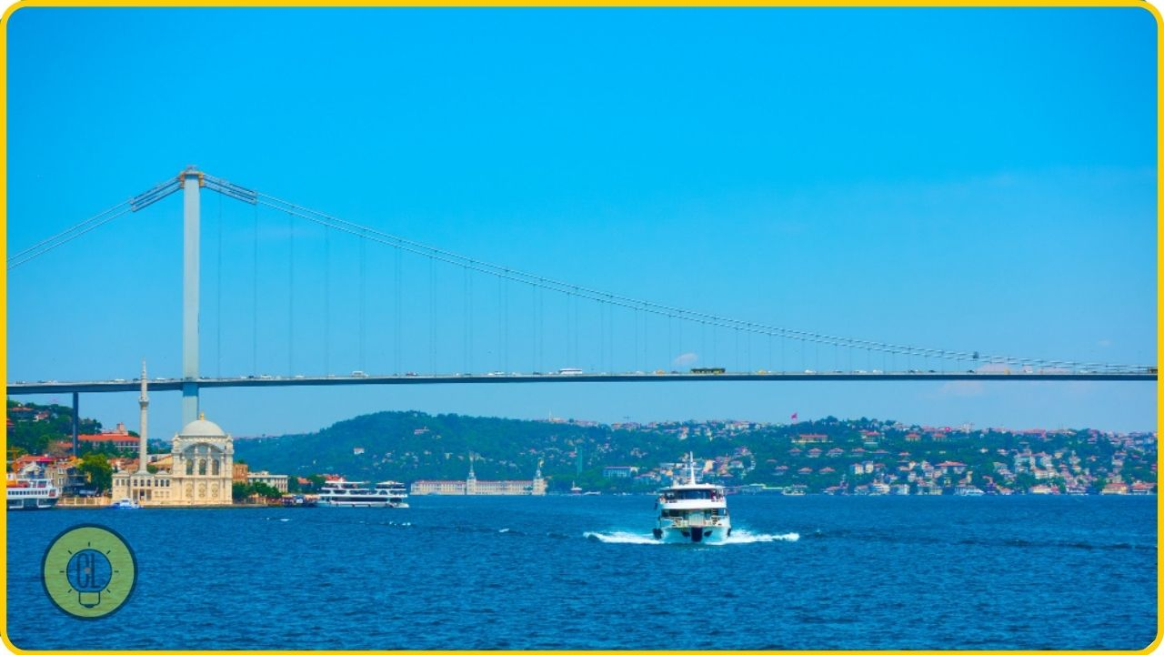 things to do in istanbul The Bosphorus
